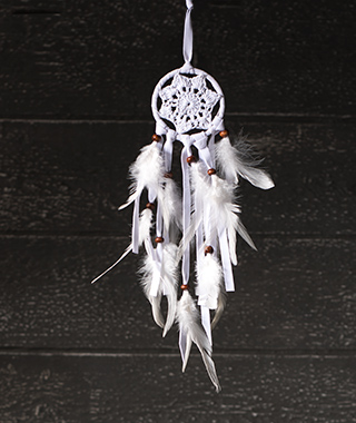 Bílý háčkovaný lapač snů menší, Namaste