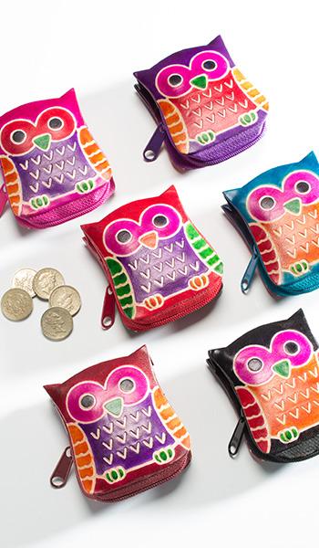 Malá kožená peněženka OWL, Namaste Černá